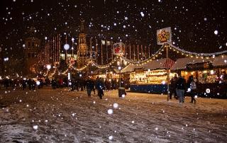 snowflakes-538223_640